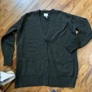 💕5/$15 Chico's  Boyfriend sweater in hunter  NEW